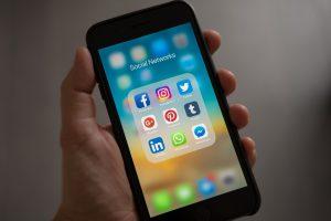 Mobile Social Media Apps